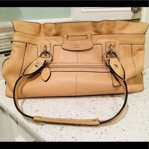 Spacious Coach handbag (taupe). Beautiful for Fall